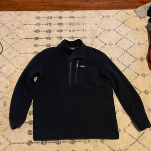 Navy Patagonia pullover